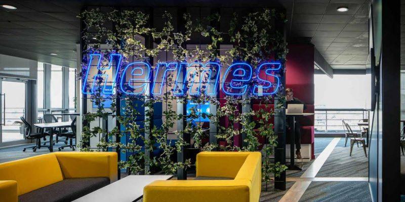 Flex neon and foliage grid wall